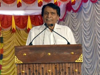 200 more railway stations to have WiFi in 2017 Prabhu