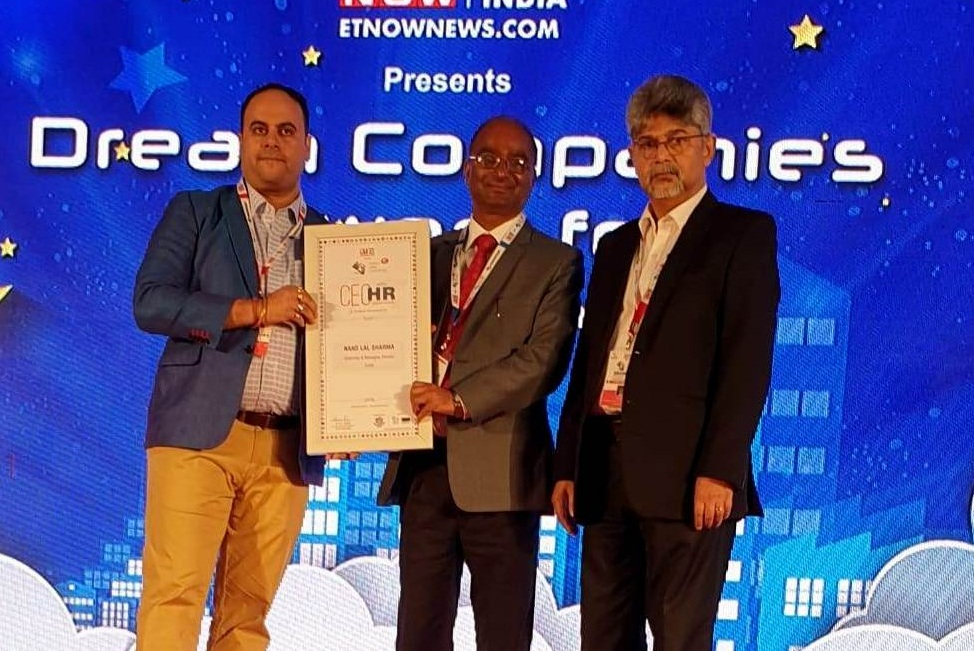CMD SJVN Conferred with ET Now Award for CEO with HR Orientation