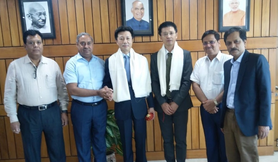 Chinese Consul General Visits CIL