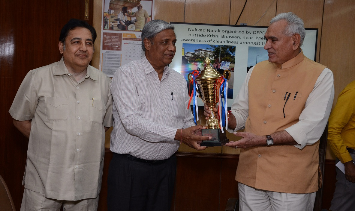 Swachhta Pakhwada Observed at CWC