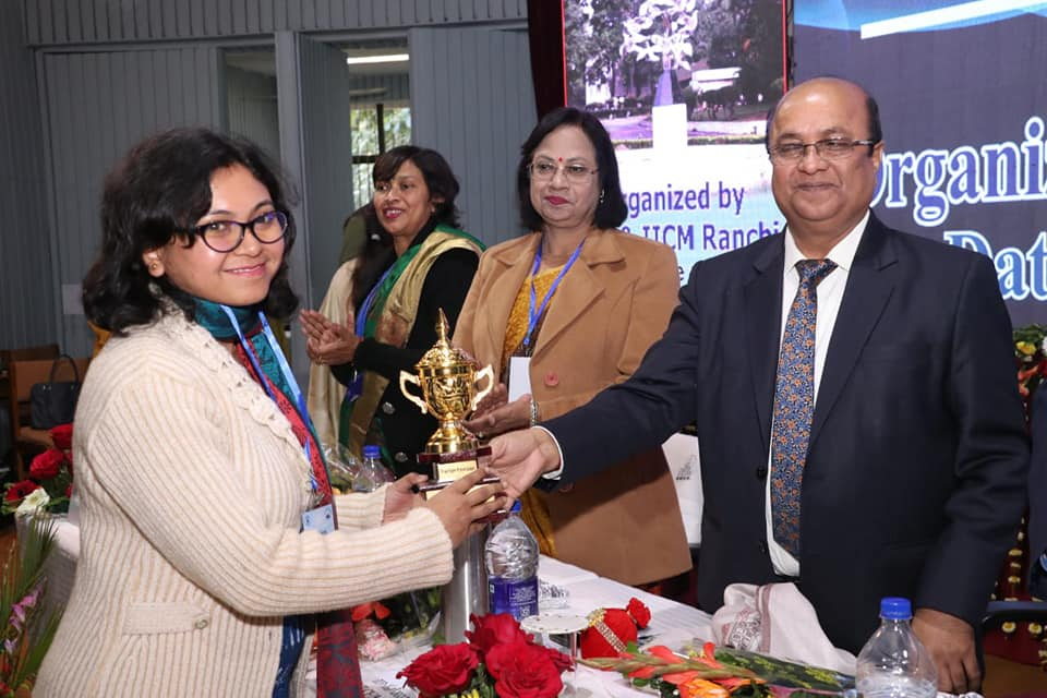 Dr Smritikana Mandal Of ECL Awarded By Director CIL