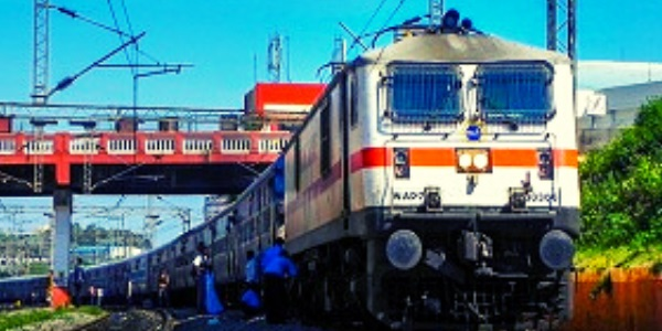 Indian Railways suffers from Rs 1670 crore of loss