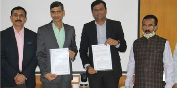 CMD NSIC Administers Swatchhata Pledge to NSIC Employees