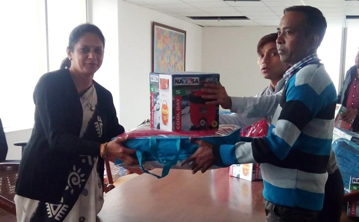 POSOCO Mahila Samiti AGRINI Distributed Blankets to Needy