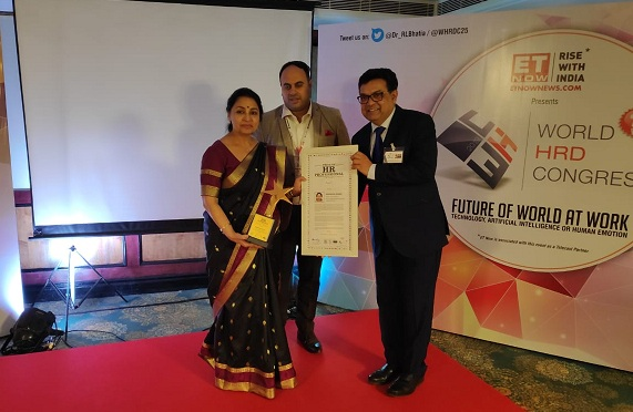 Director HR POSOCO Awarded as Pride of HR Profession in PSUs