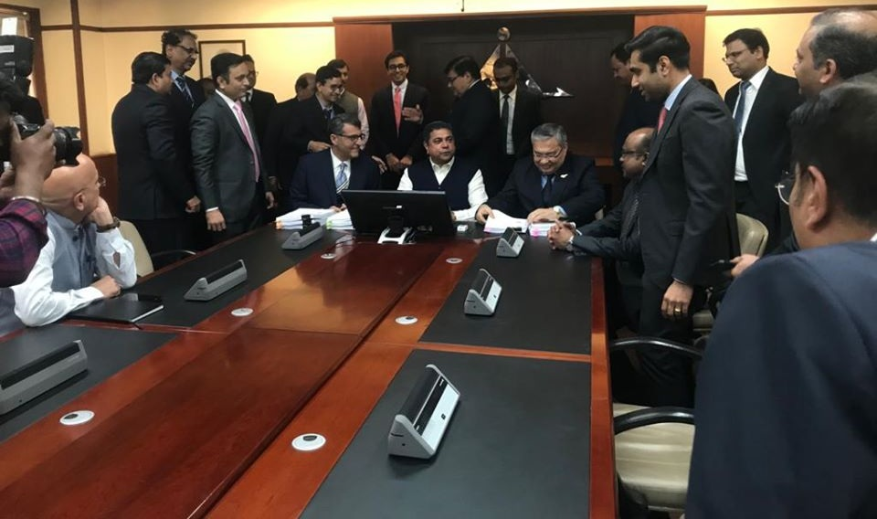 AAI signed 3 Concession Agreements with the Adani Airports Ltd