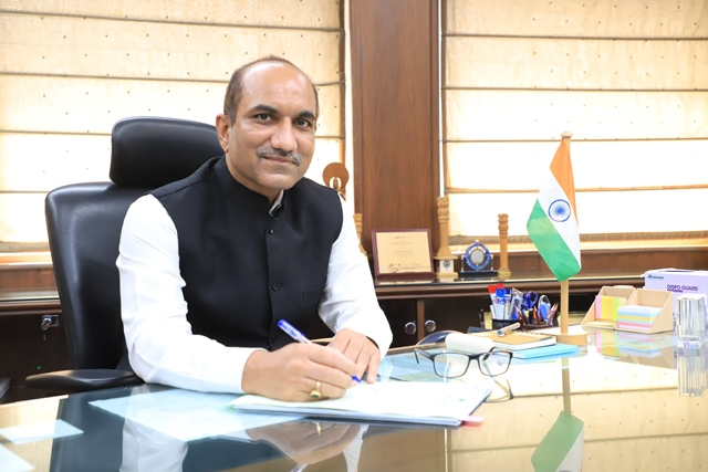Shri Sanjeev Kumar takes over as Chairman, Airports Authority of India