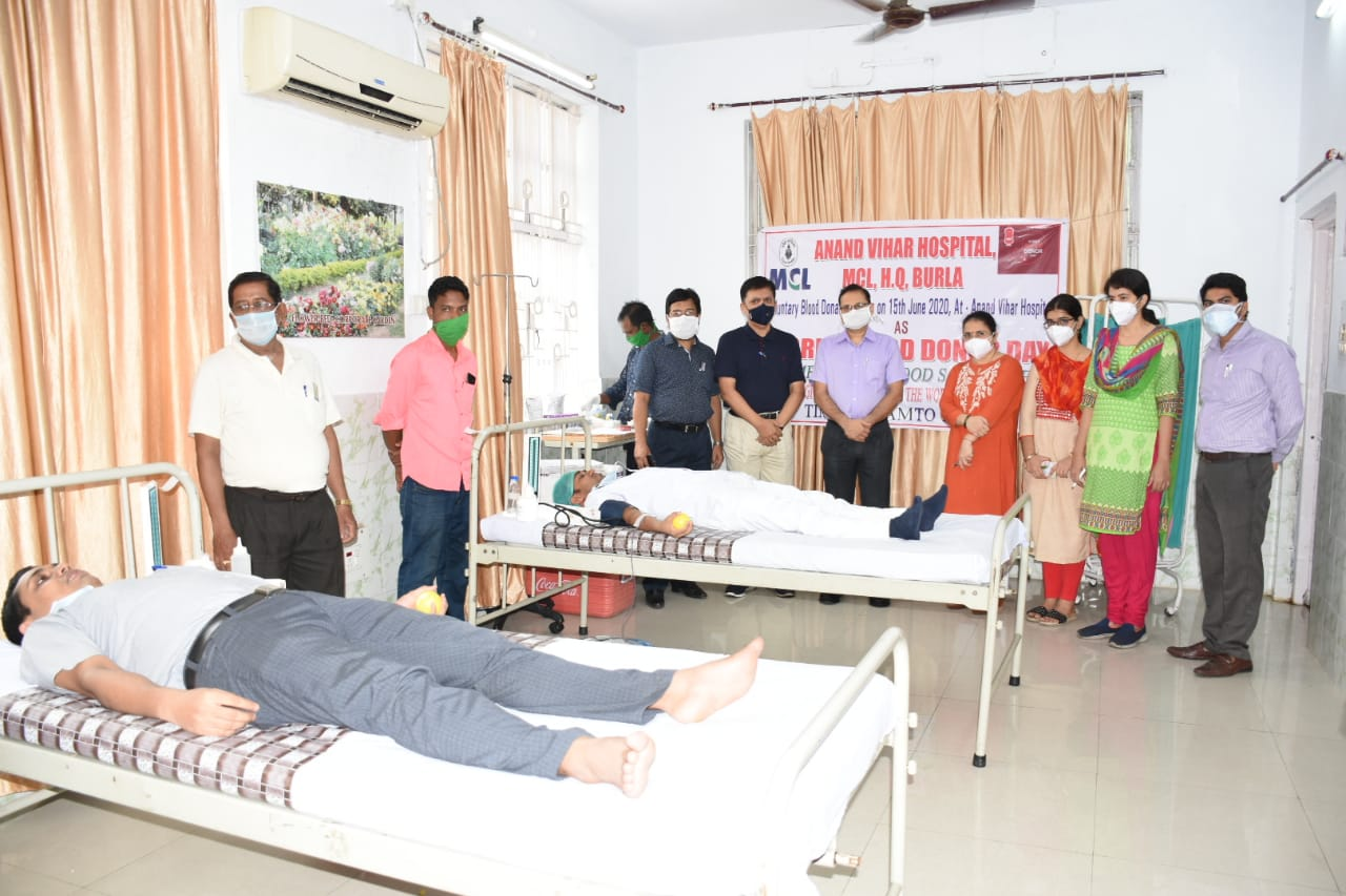 61 volunteers donate blood at MCL