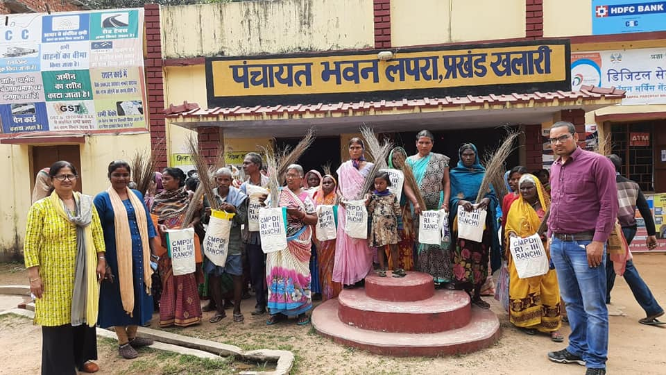 CIL distributed cloth bags brooms and dustbins