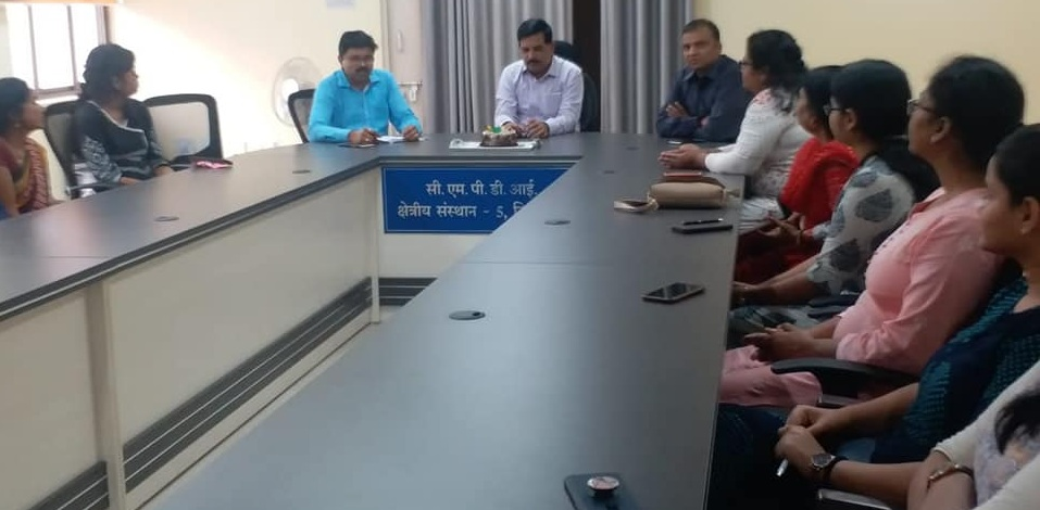 Chai par charcha with female employees of RI-V was organised by CMPDI