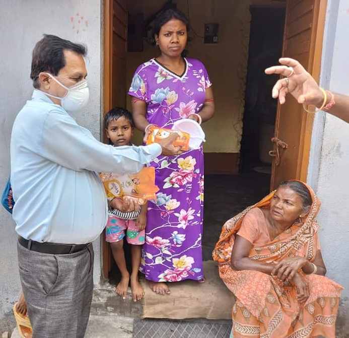CMPDI distribute 5000 face masks to curtail the spread of COVID-19