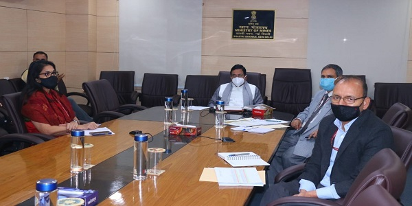 Shri Pralhad Joshi reviewed the Covid Coal Package