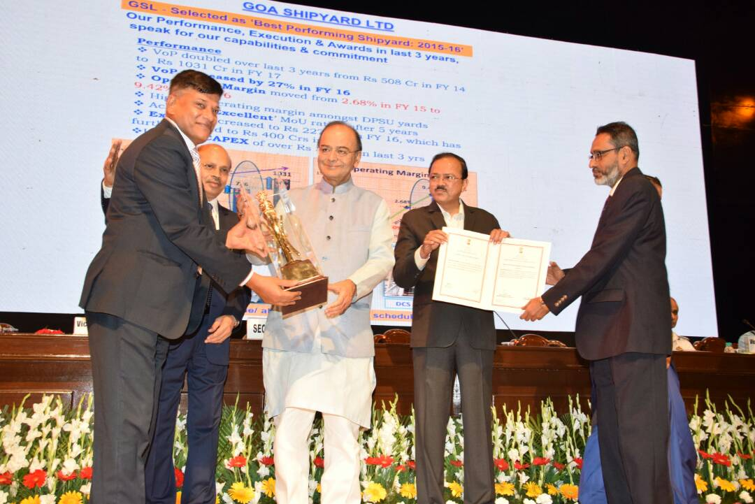 Goa Shipyard Ltd got Raksha Mantri Award in New Delhi