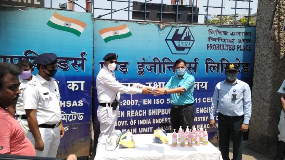 GRSE handed over 4000 masks and 1500 lifebuoy soaps