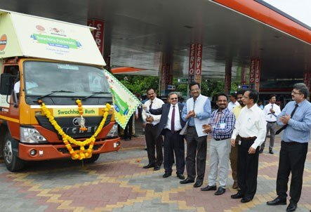 Indian Oil Corporation Flagging off Swachhta Rath in Chennai