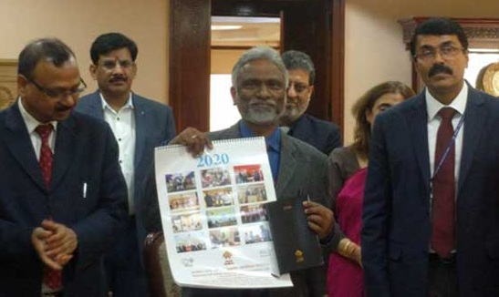 Shri M Ravi Kanth CMD HUDCO Released HUDCO Calendar And Diary