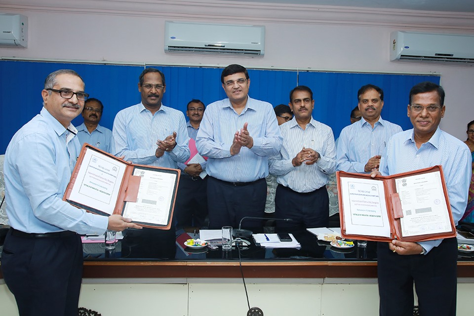 NLCIL signed MoU with Iindian Institute of Science