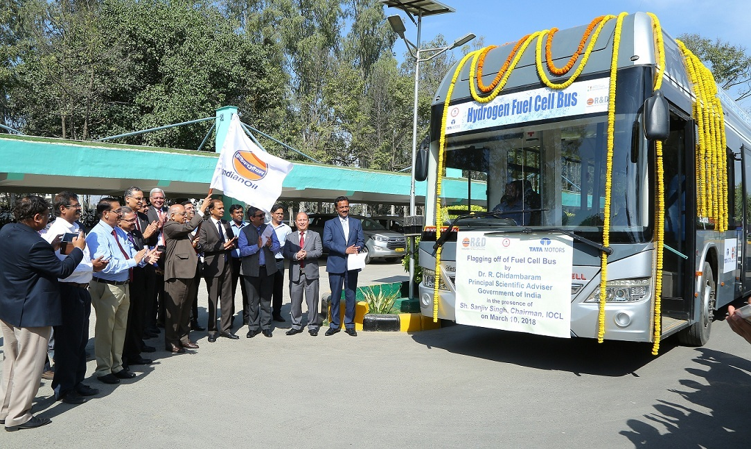 India s Frist Hydrogen Fuel Cell Bus Flagged off By IndianOil