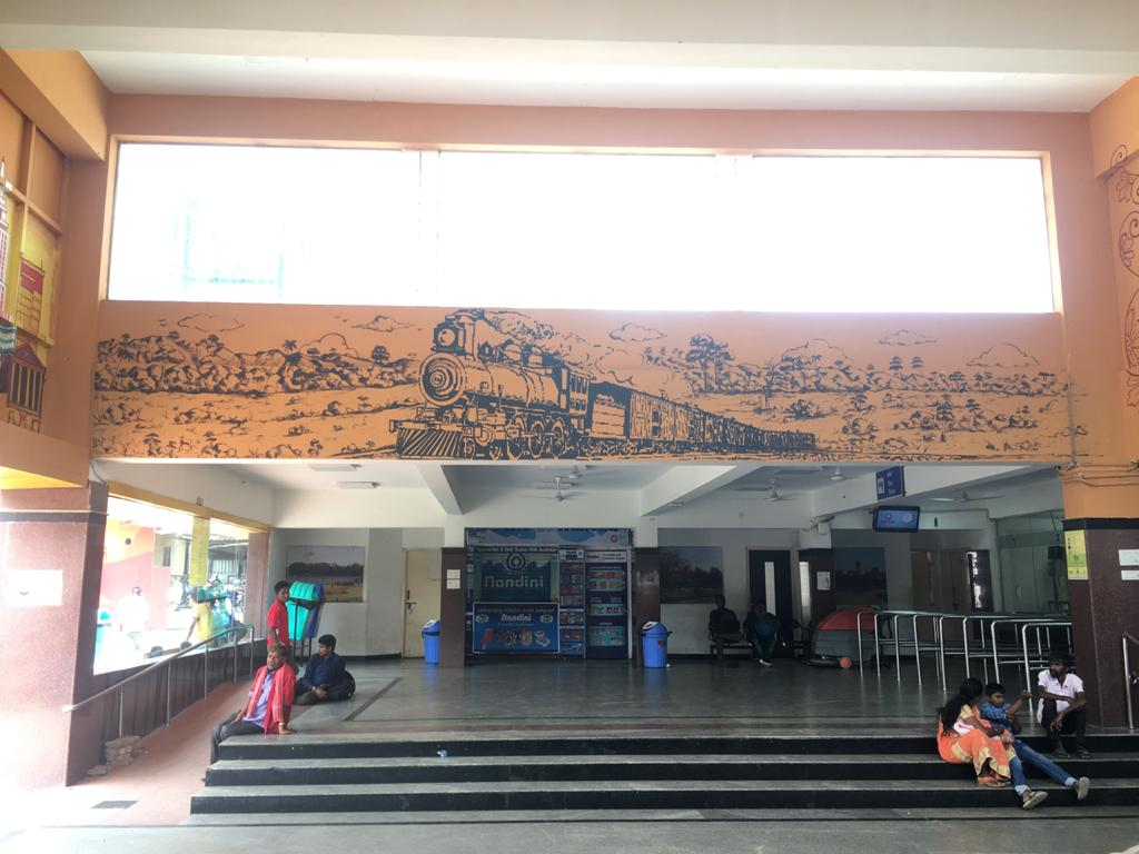 IRCON supported the promotion of culture and heritage by carrying out beautification work on the walls of Bengaluru Railway Station