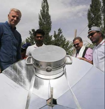 IndianOil commences pilot test study of indoor solar cooking system at Leh