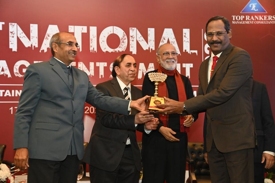 Shri R Vikraman Director NLCIL Receive Top Rankers Excellence Award 2020