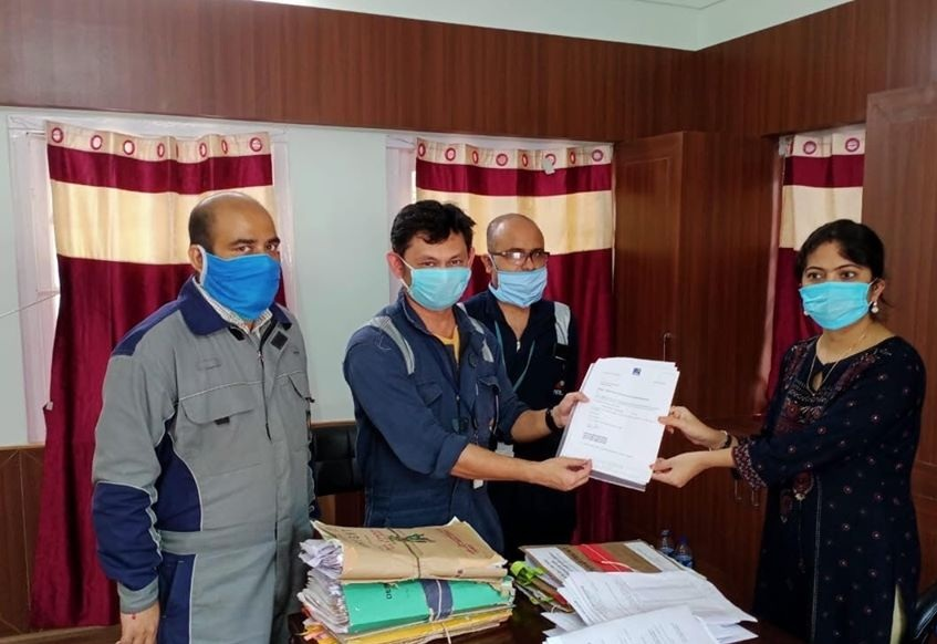 NRL Donate Three Mechanized Inflatable Rescue boats Golaghat Administration