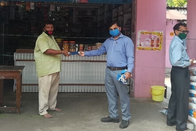 NTPC Talcher Kaniha distributes masks to contract workers