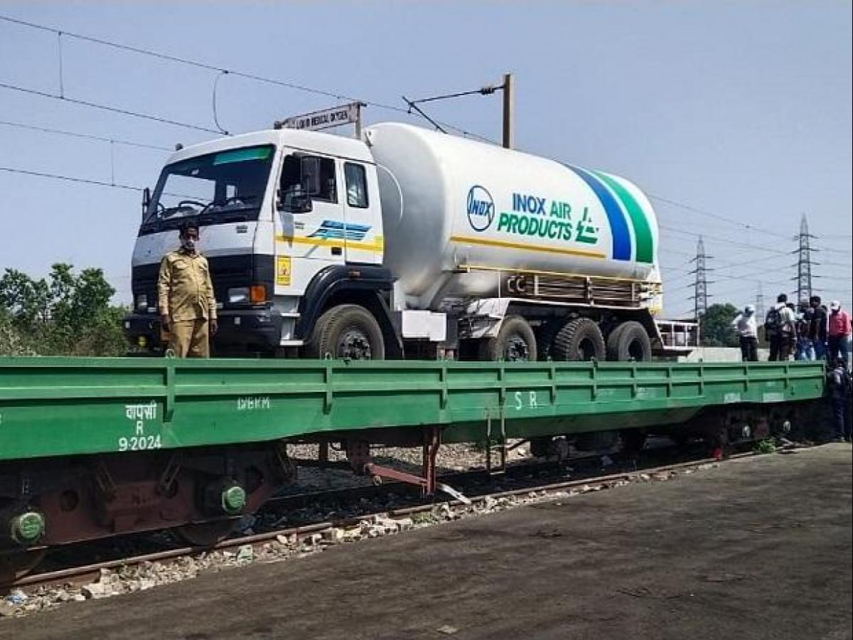 Oxygen Express Update: First Oxygen Express to Tamil Nadu delivers 80 MT LMO