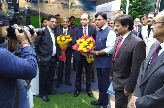 Shri Chhabilendra Roul Visited PDIL Stall At Fertiliser Association Of India Seminar