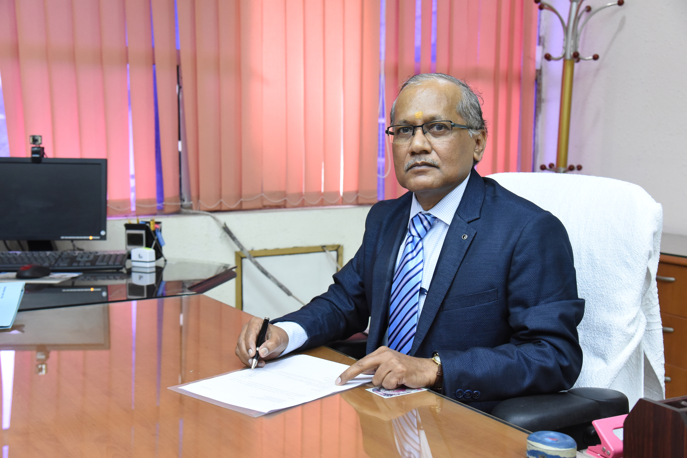 Shri KK Ghosh assumes charge as Director Projects of RINL VSP