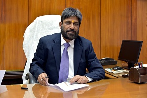 Sri A K Saxena assumes charge as Director Operations of RINL-VSP