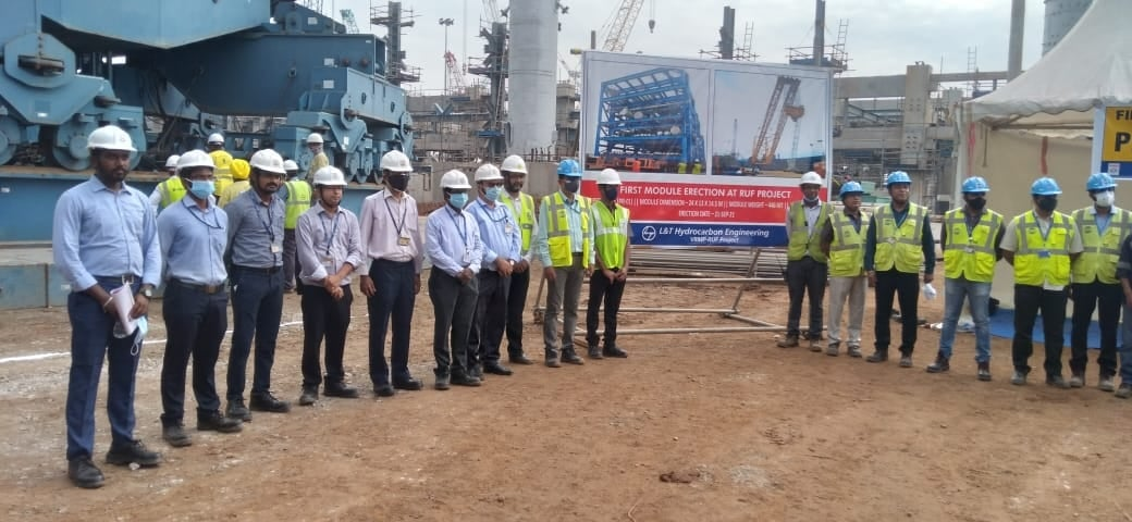 EIL_at_Vizag_Refinery_Modernization_Project_of_HPCL_installated_1st_piperack_module_at_RUF_unit.jpg